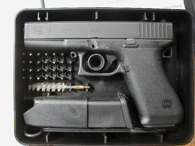 Black GLOCK Generation 1 in it's original case with accessories