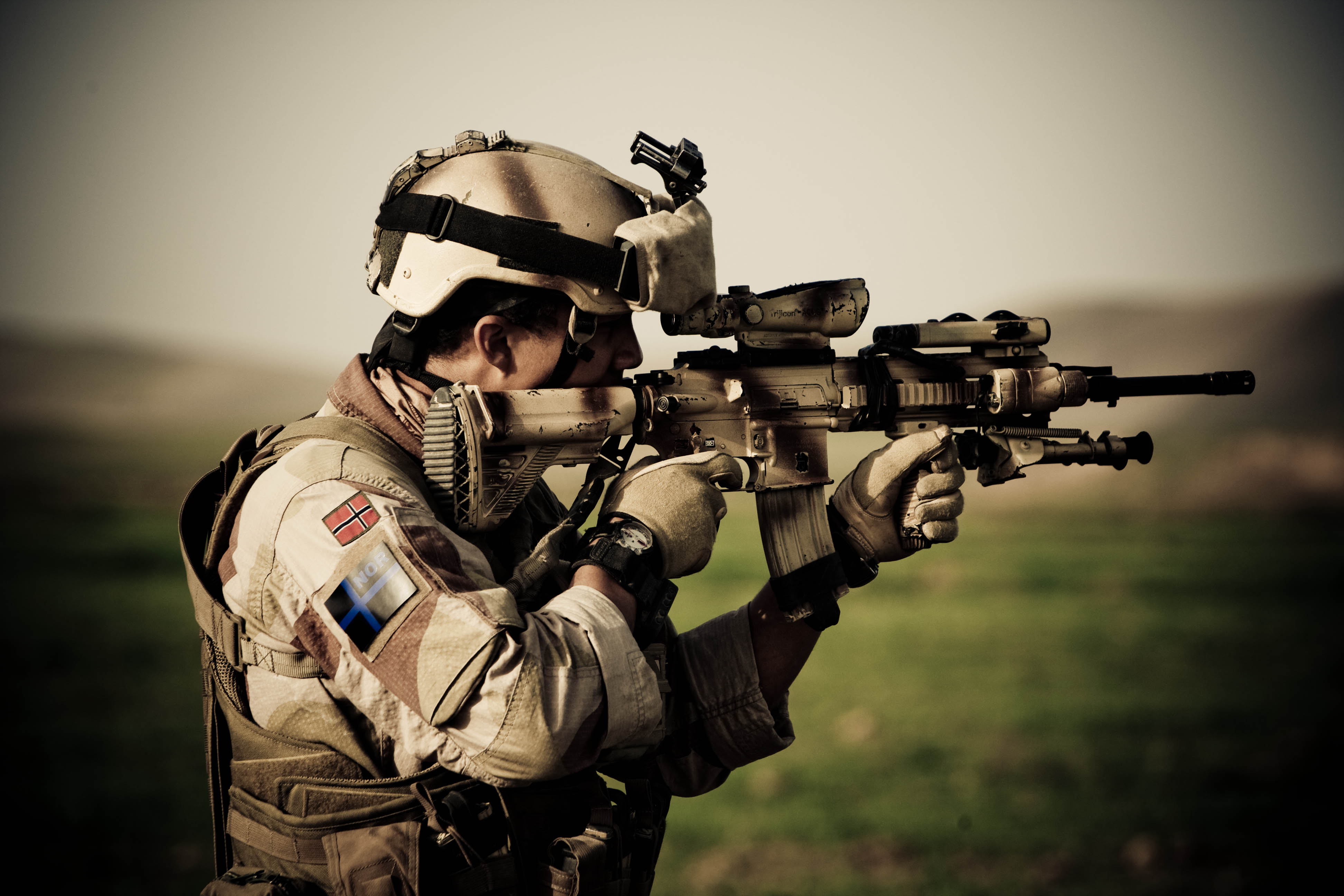 Soldier with H&K416