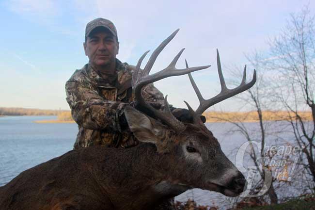 Illinois Whitetail Buck on Public Land