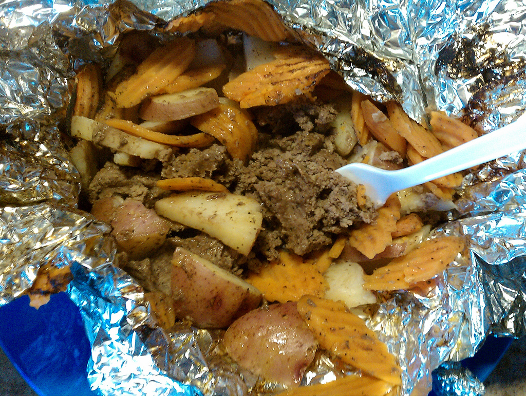 Picture shows a meal made in a foil packet.