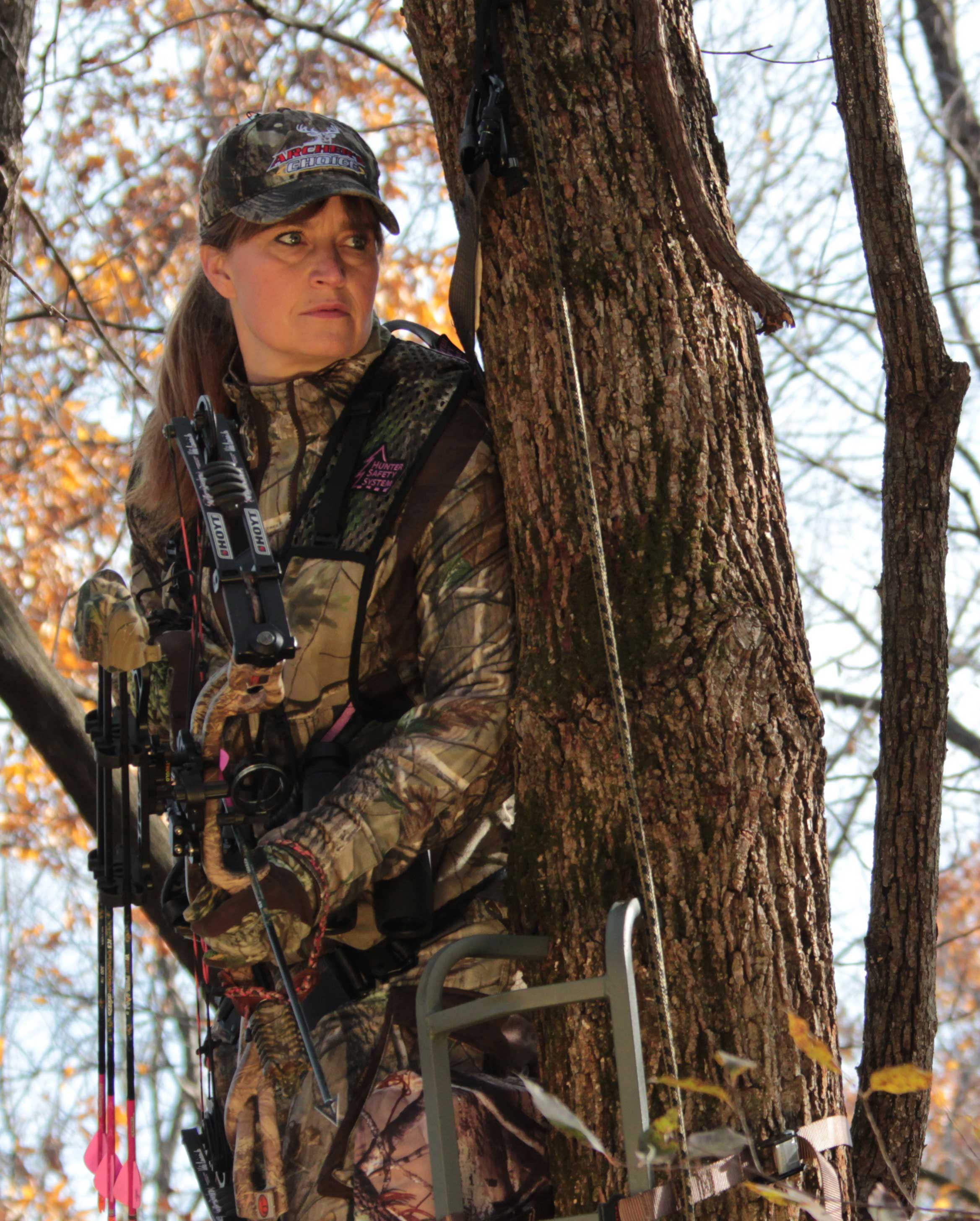 BH-CrowsNest   Hunting stands, Camo girl, Bow hunting