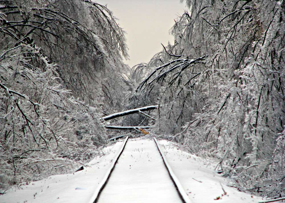 Staying Safe and Warm: How to Prepare for an Ice Storm