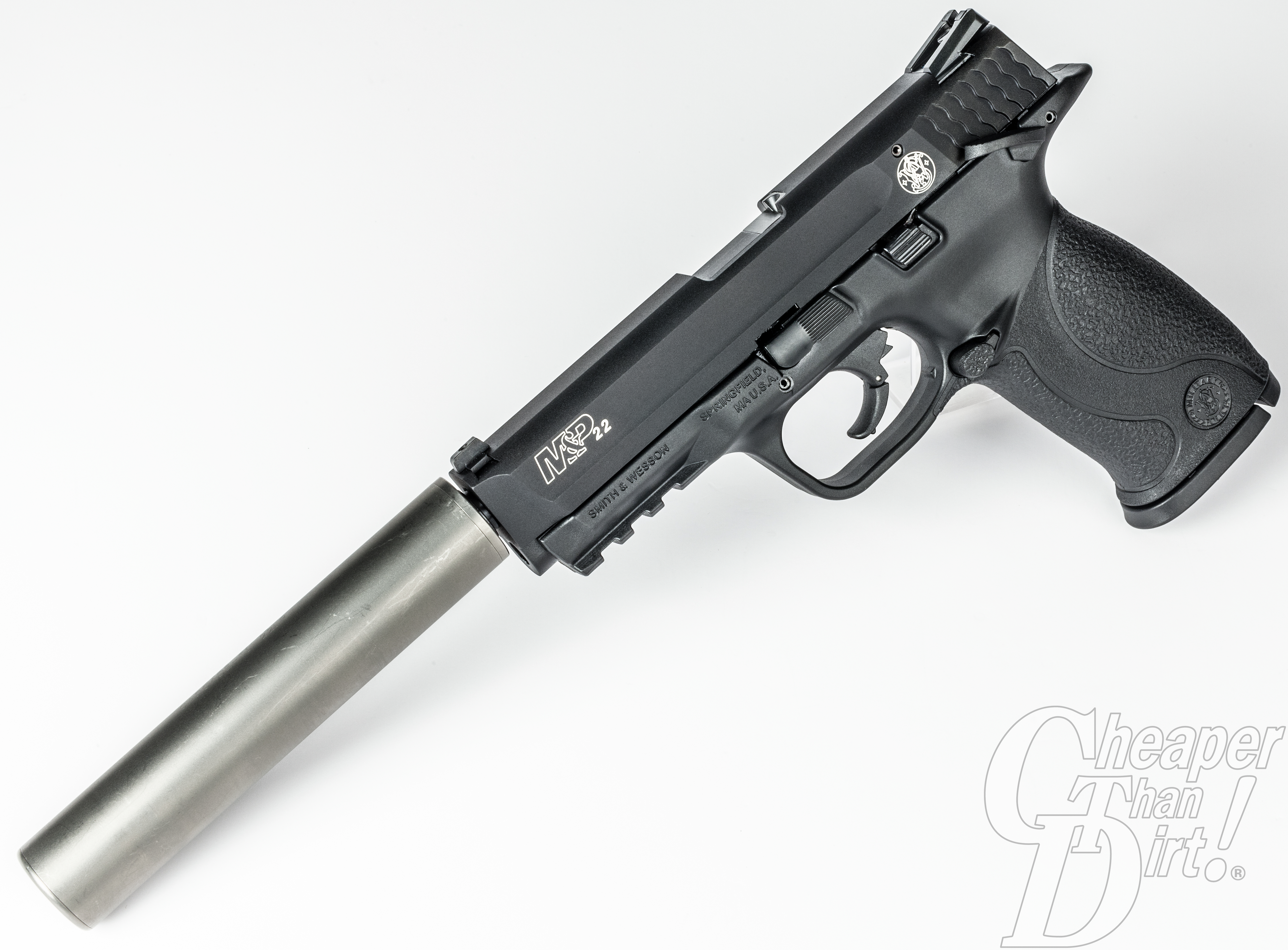 Art of the Gun: Smith & Wesson M&P 22, Suppressed