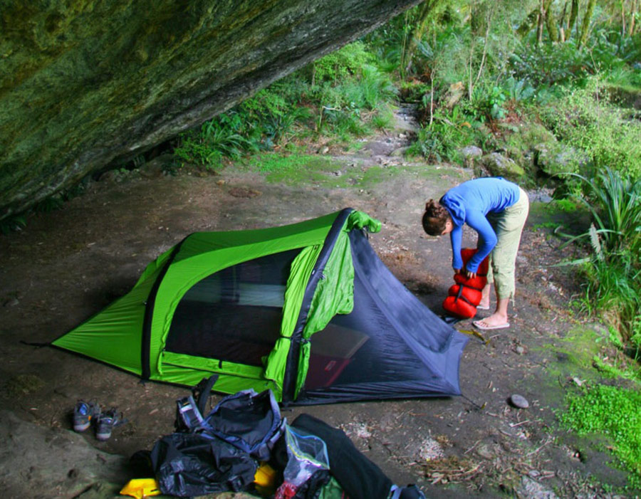 Quick Camping Tips: Ten Tips to Keeping your Tent Cool