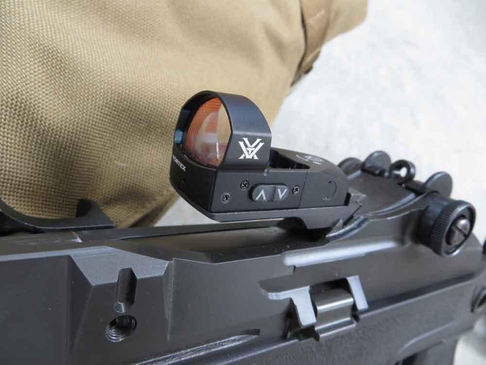 Vortex Venom reflex red dot sight on SPringfield SOCOM 16 rifle