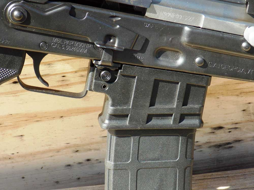 AR-15 magazine on AK rifle