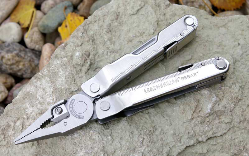 Leatherman Rebar open to expose the pliers