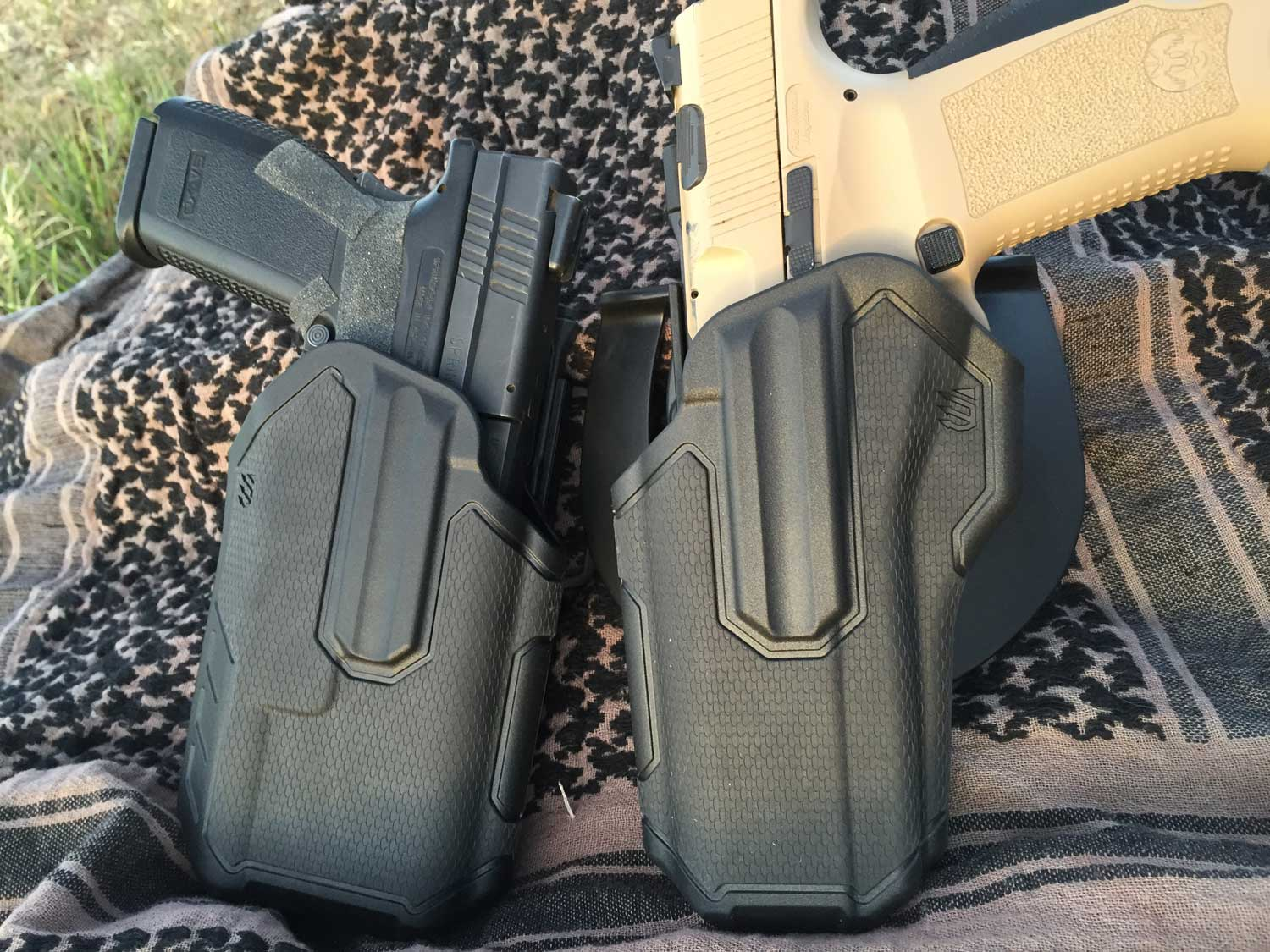 Light bearing (left) and regular Omnivore holsters