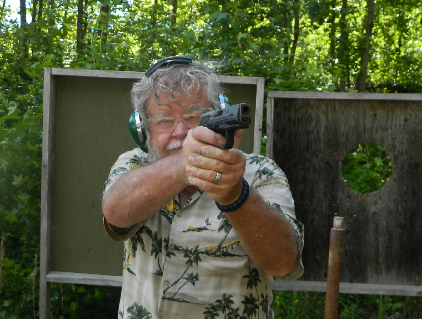 Bob Campbell shooting the Canik TP9SF Elite pistol