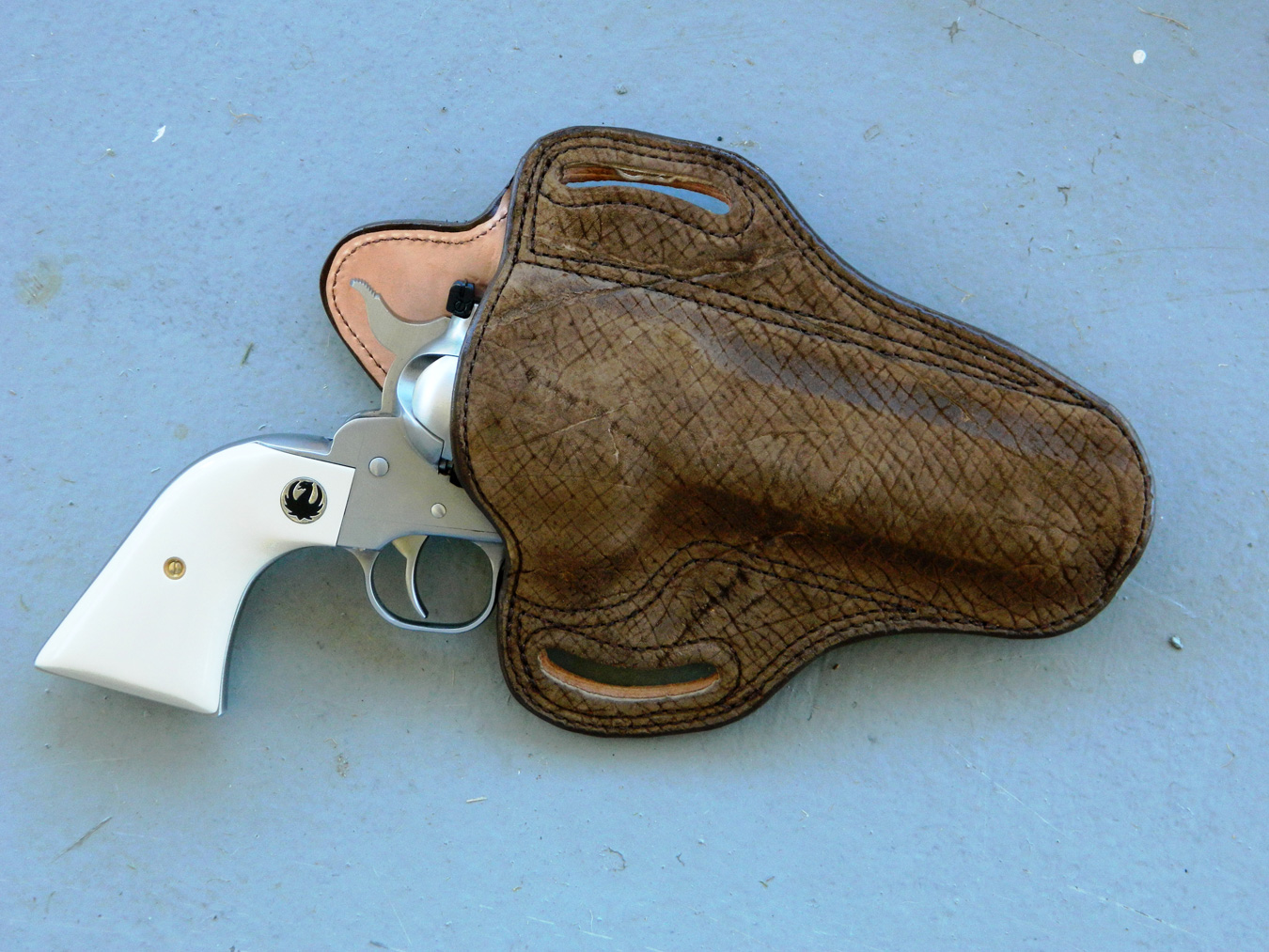 DM Bullard hippo holster with a revolver