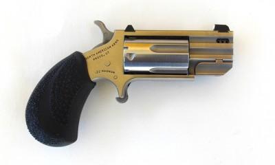 NAA Pug revolver right