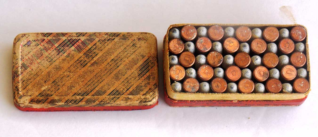 Box of old .32 rimfire ammunition