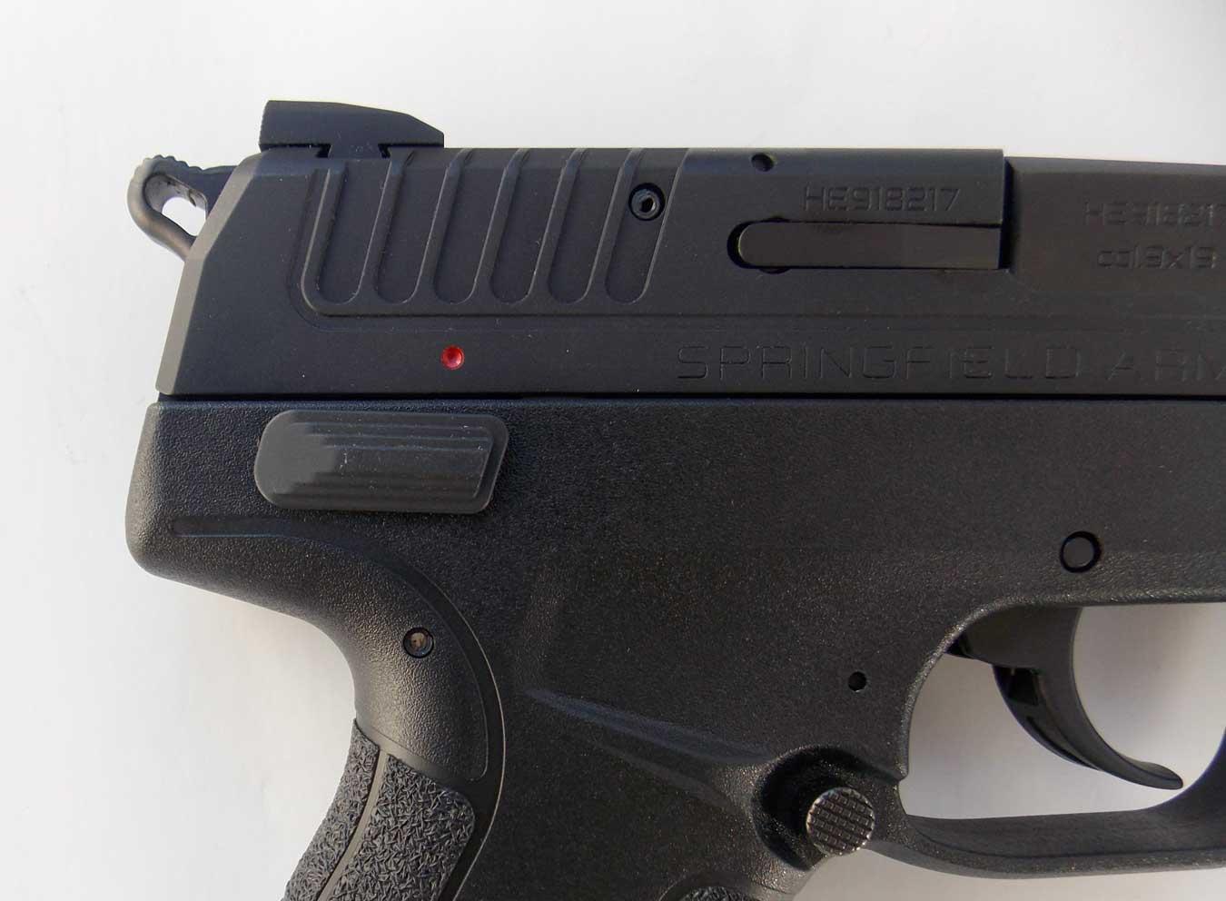 Ambidextrous safety on a pistol