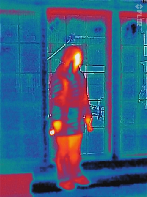 Flir One Converts Smart Phones Into Thermal Imaging