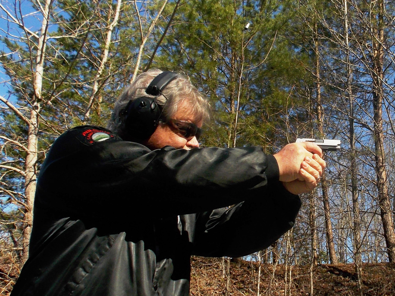 bob Campbell shooting the Springfield 911 .380 ACP pistol