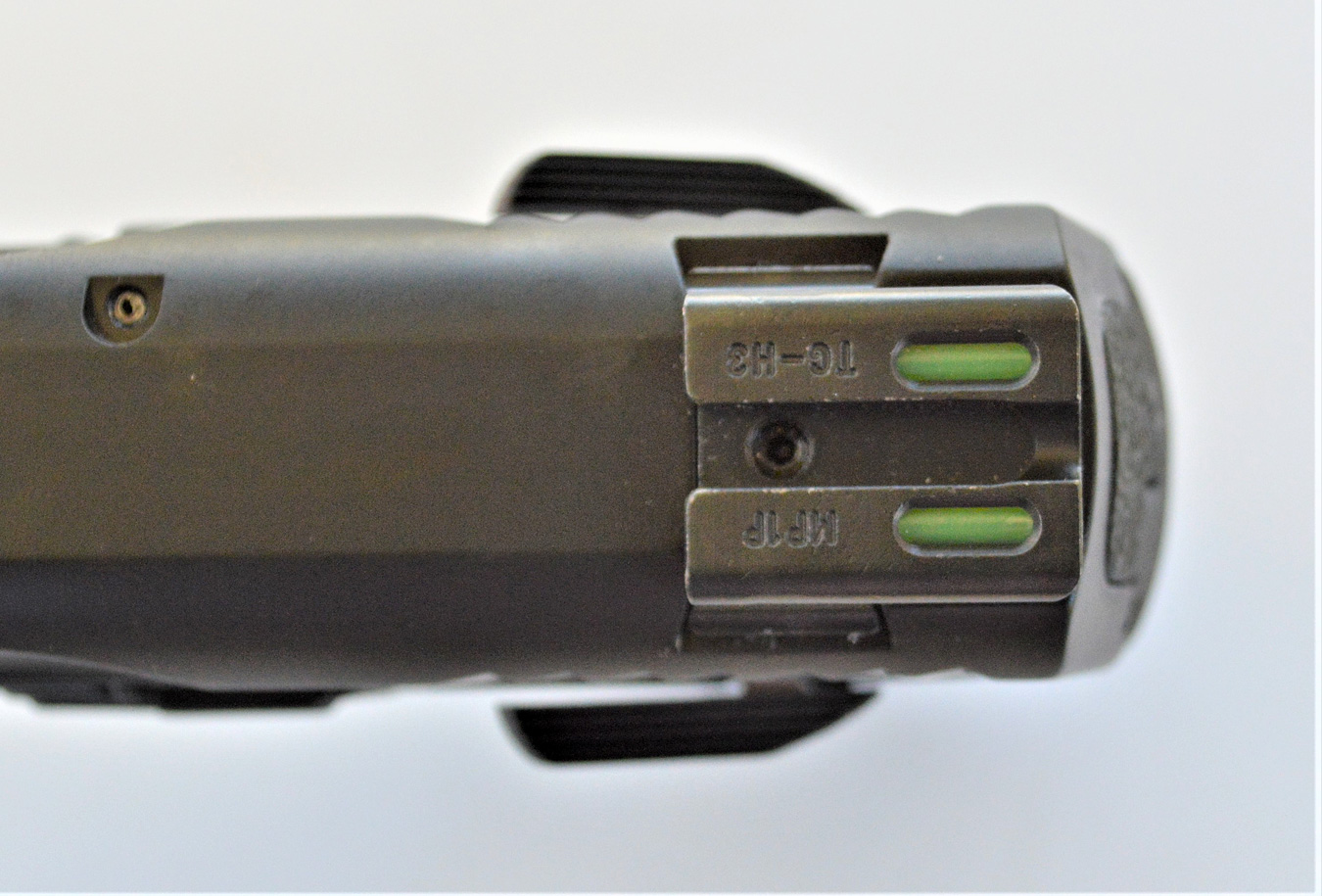 TruGlo fiber optic and tritium pistol sight combination above