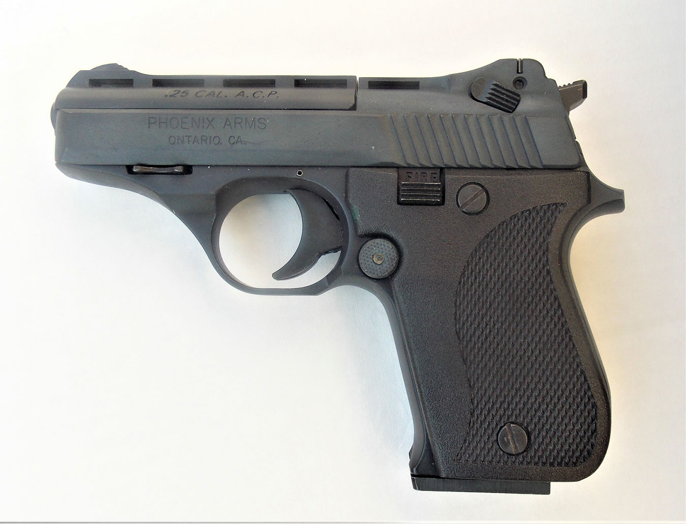 The pistol features good workmanship and proved reliable.