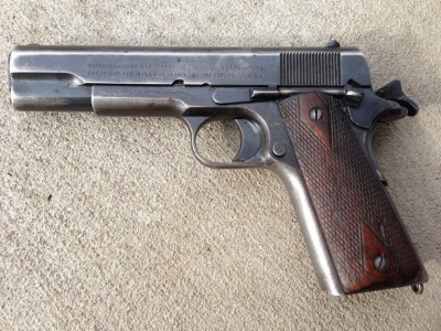 Well worn Colt 1911 left profile