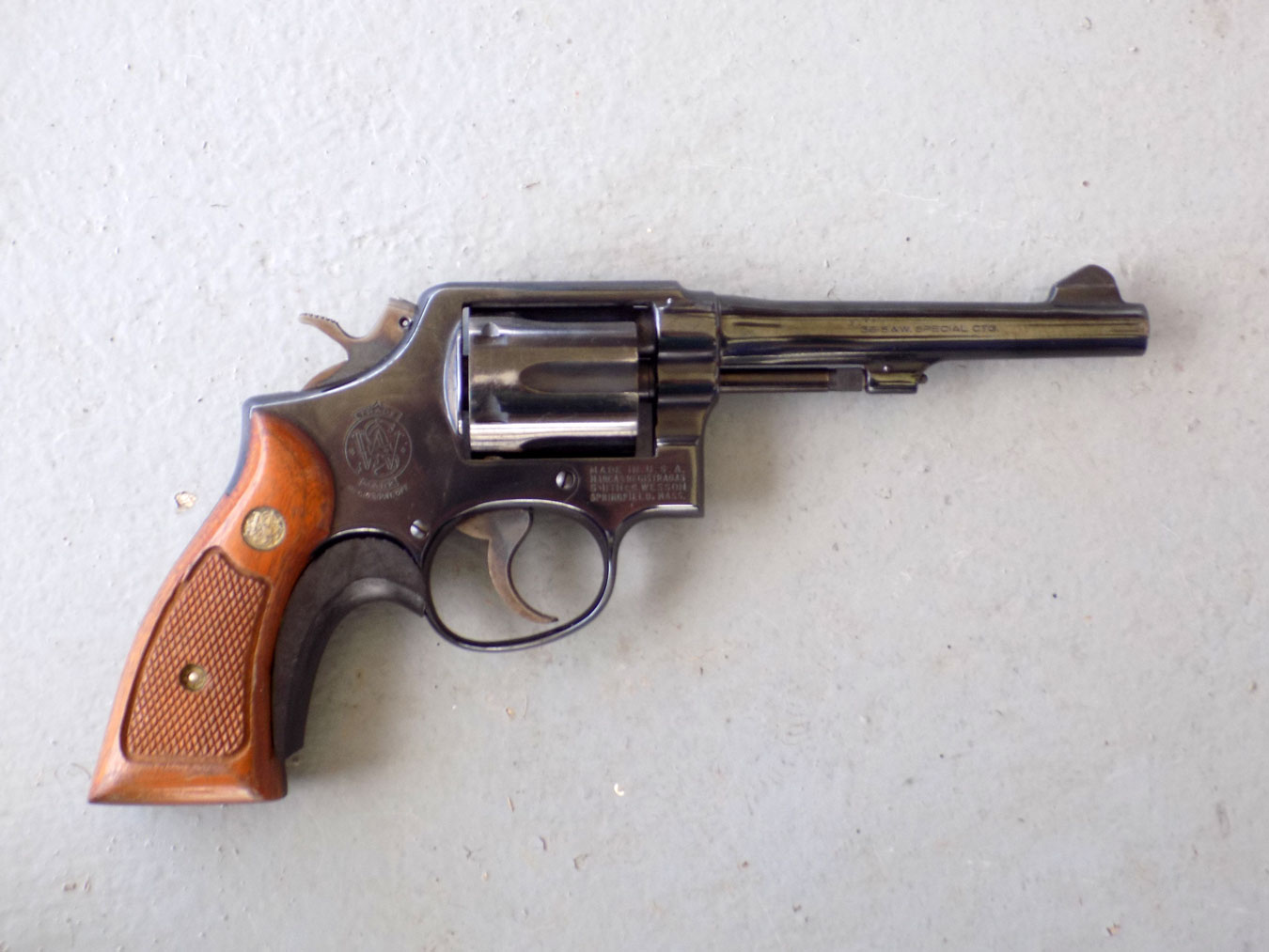 revolver with wood grips right profile