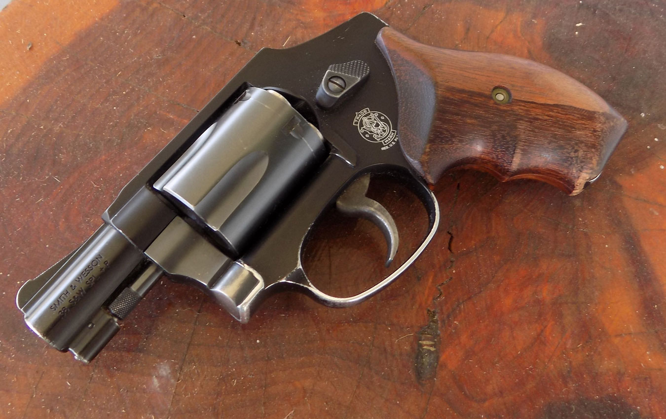 S&W 442 revolver left profile