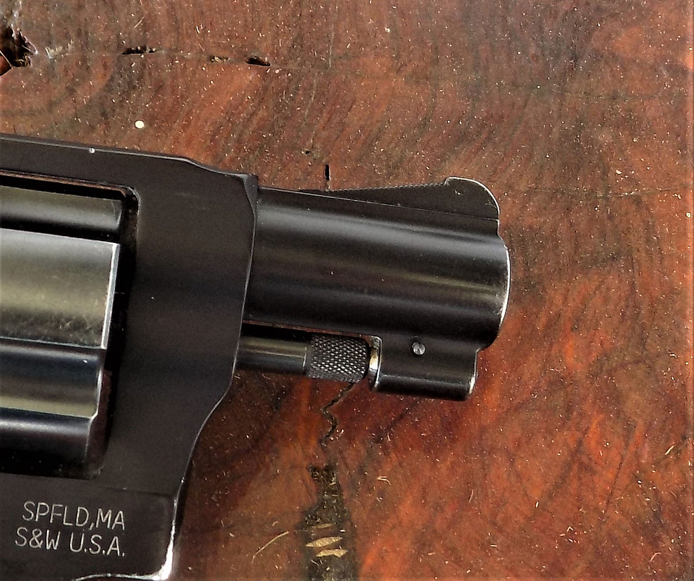 ramp front sight on snub nose revolver