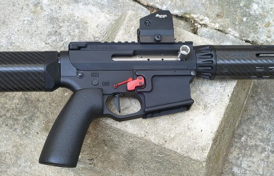 AR-15 with side charge handle
