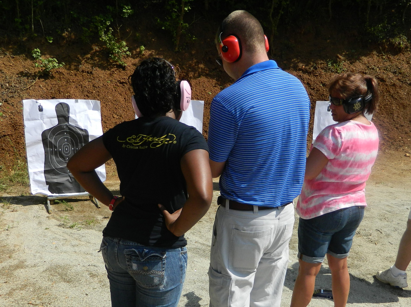 Handgun instruction at the shooting range