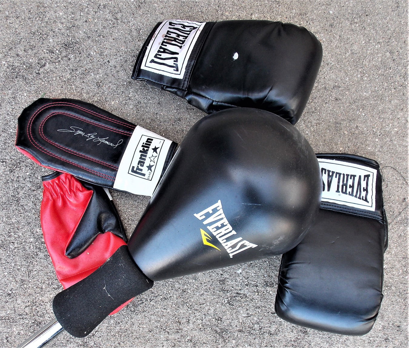 Everlast boxing gloves and gear