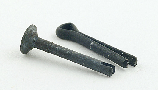 AR-15 pin retainers